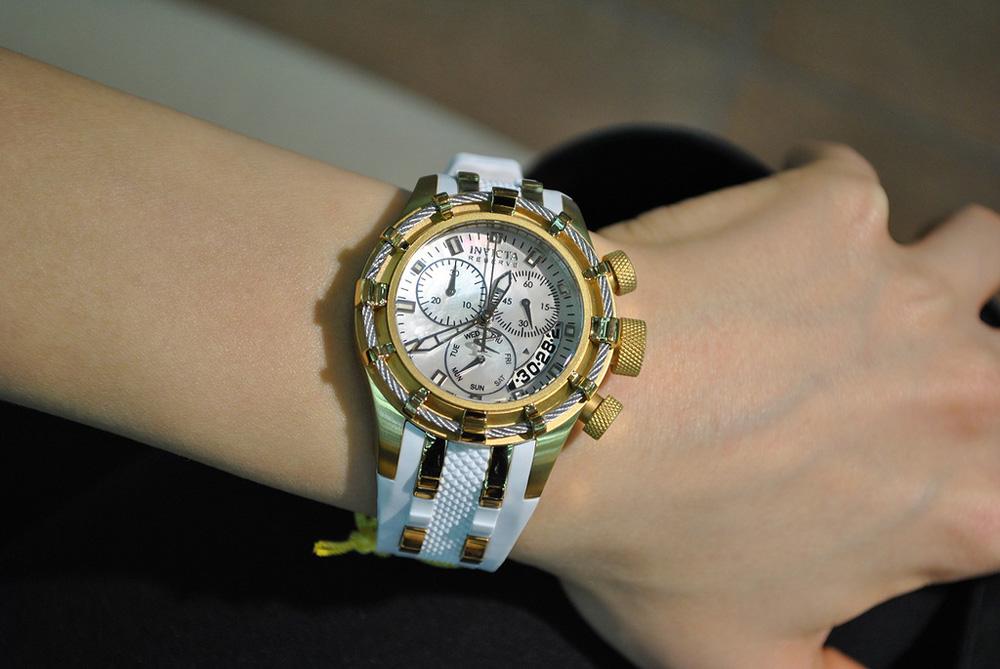Женские наручные часы Invicta