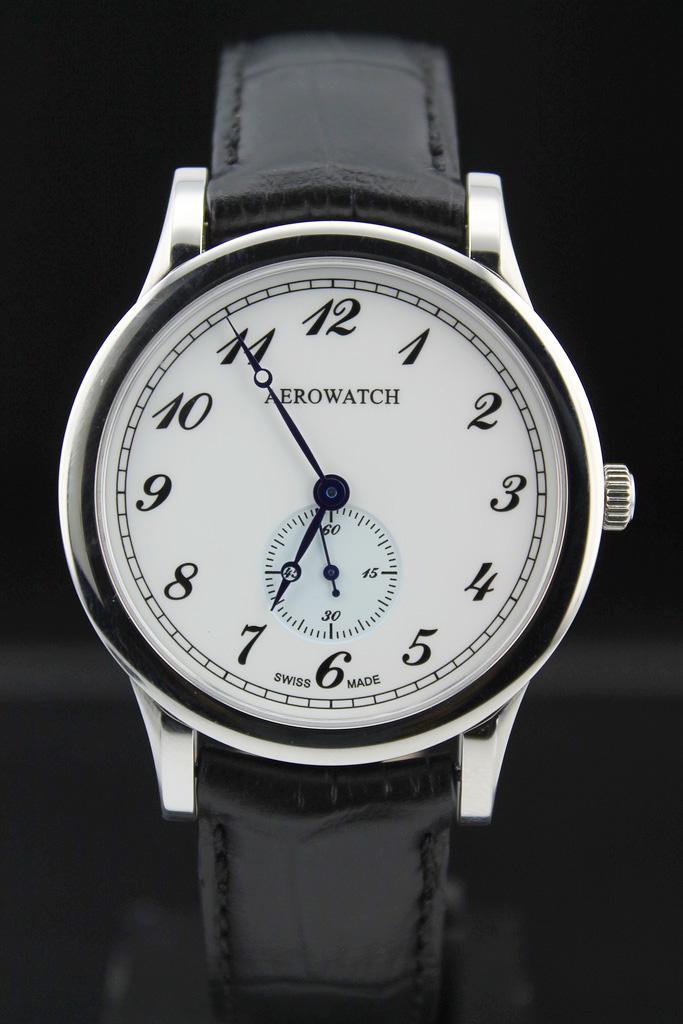 Швейцарские часовые мастера создают классические часы превосходно. Для всех  часовщиков мира они остаются эстетическим каноном. b383925469d