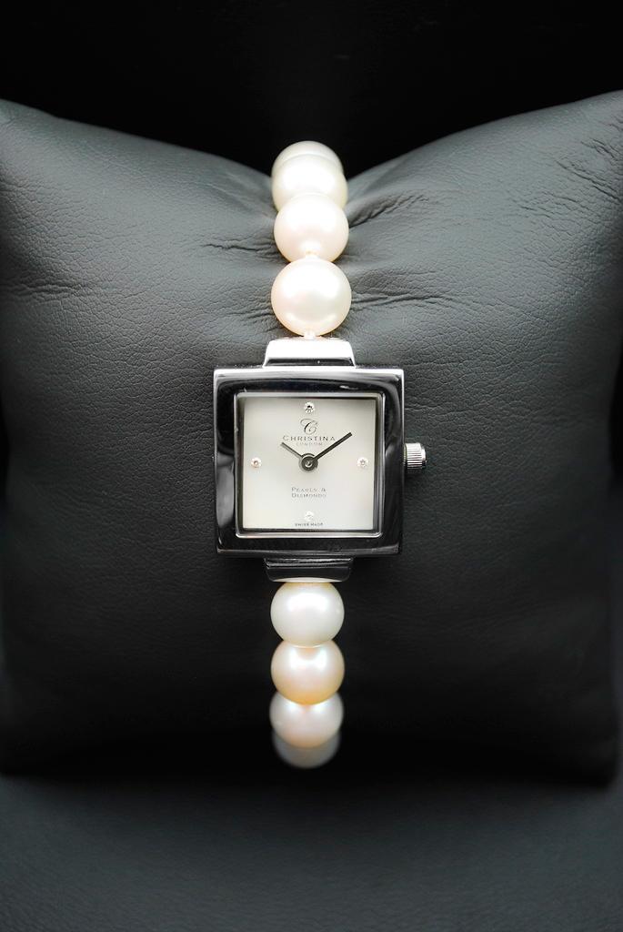 5ce3acad Обзор. Женские часы Christina London с жемчугом и бриллиантами
