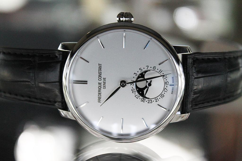 Обзор швейцарских мужских часов frédérique constant slim line moonphase.