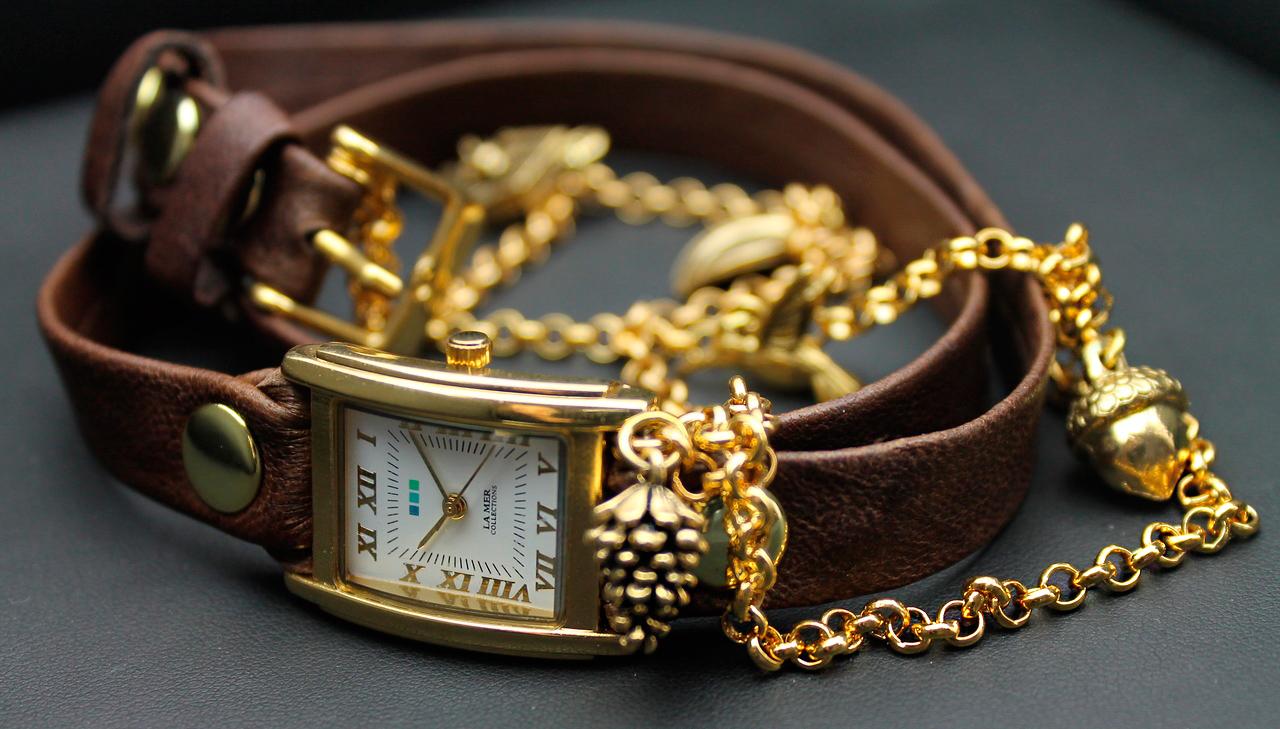 женские часы наручные модные  цена