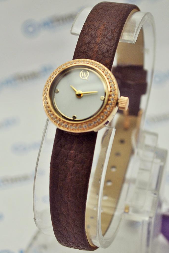 Часы Qwill 8404.2.9. Часы Cover Co147.04