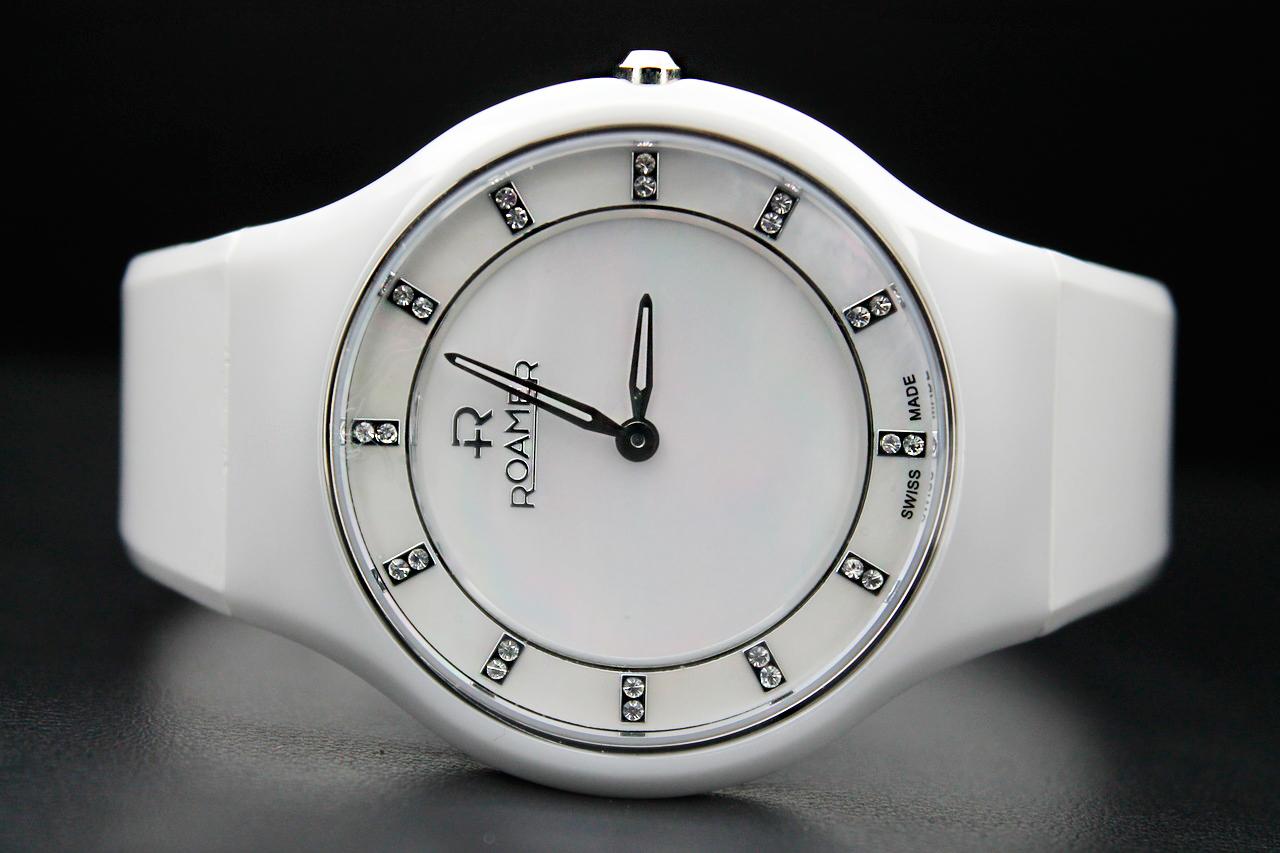 6419410a0f5a Обзор. Женские часы Roamer из коллекции Ceraline Passion — блог ...