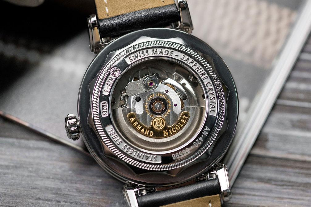 Нужно ли заводить часы с автоподзаводом цена