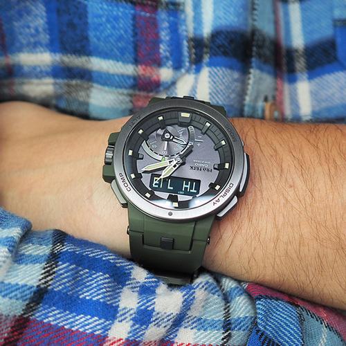 Часы Casio Pro Trek из линейки PRW-7000