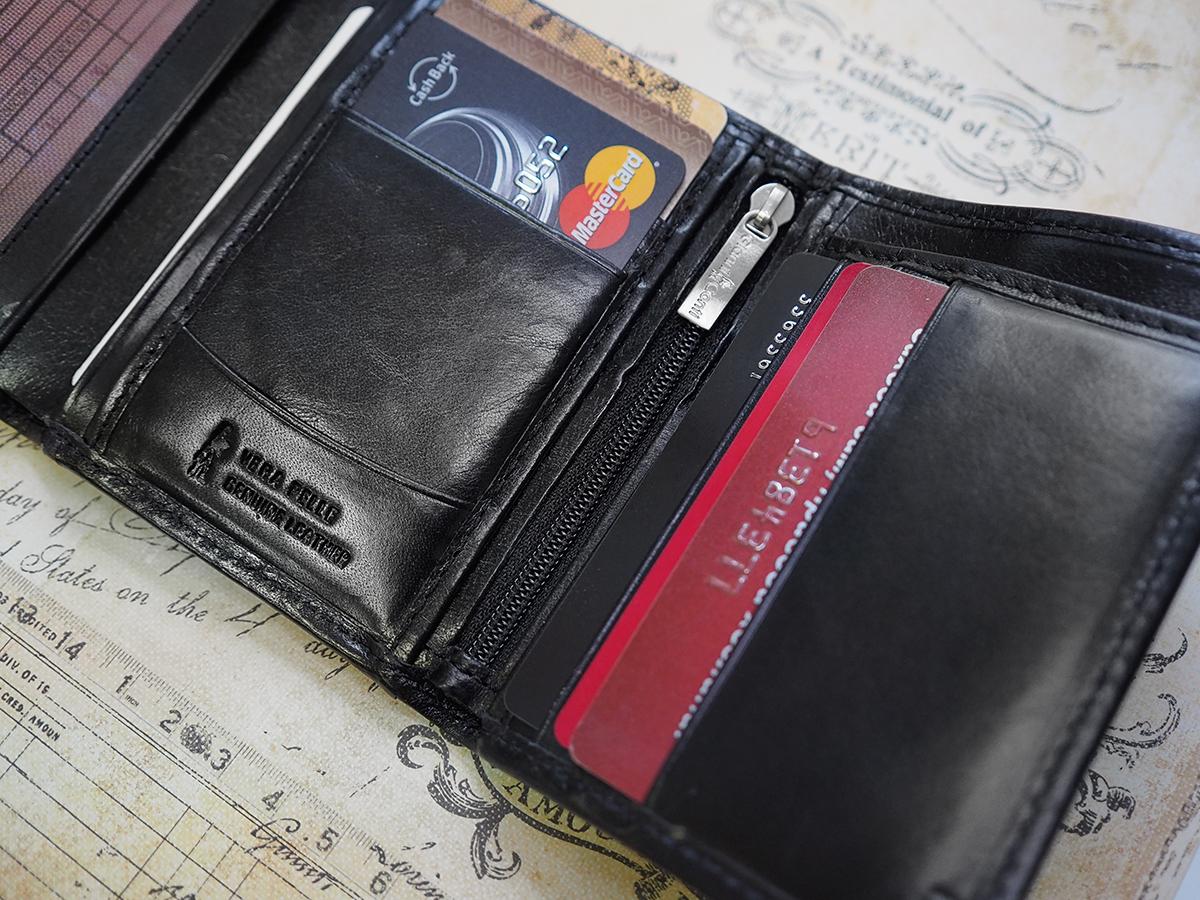 9cd6ce281e029 Подобные модели удобны для мужчин, которые носят сумки и портфели или  передвигаются на автомобиле.