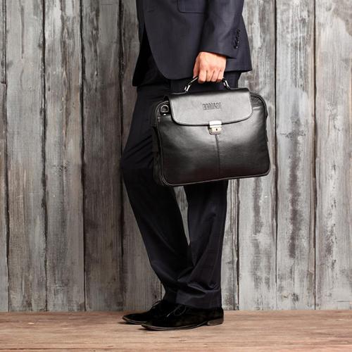 52f59a76eebe Выбираем мужской кожаный портфель. Мужские кожаные портфели ...
