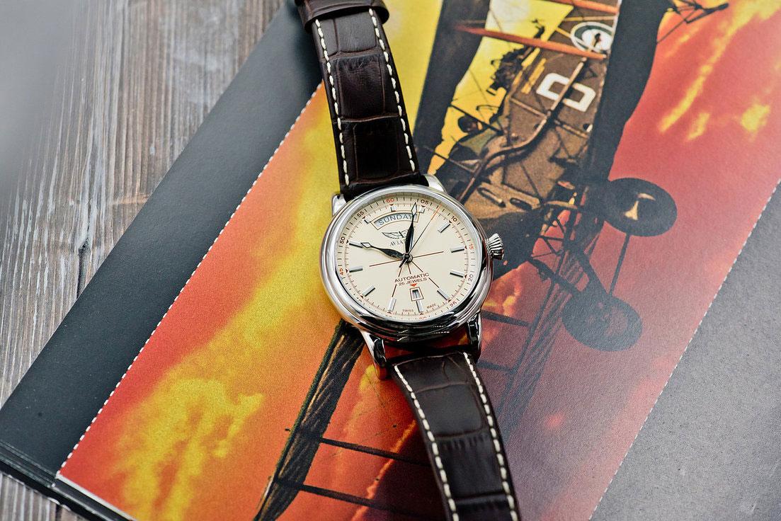 420c627bb867 Швейцарские механические наручные часы Aviator Douglas Day-Date  V.3.20.0.141.4