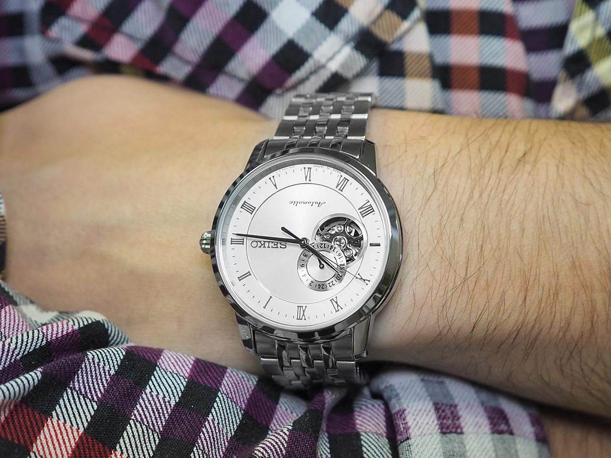 Swatch с открытым механизмом Купить часы в Украине