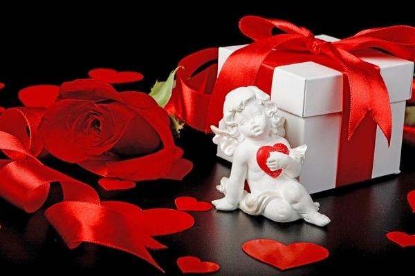 к Дню Валентина подарки
