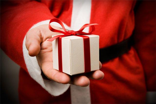 в Новый год подарки