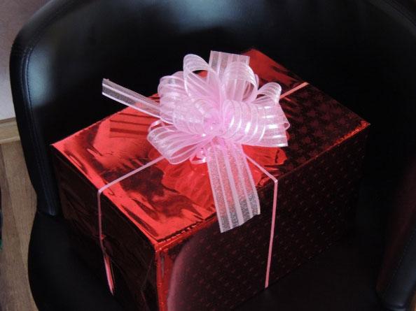купить подарки на 8 марта