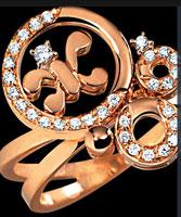 Фирменный логотип - две буквы «К», расположенные «спиной» друг к другу