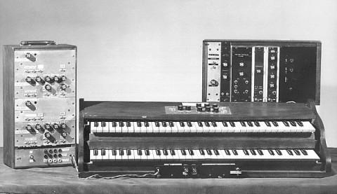Первый синтезатор Муг Moog Modular, 1964 г.