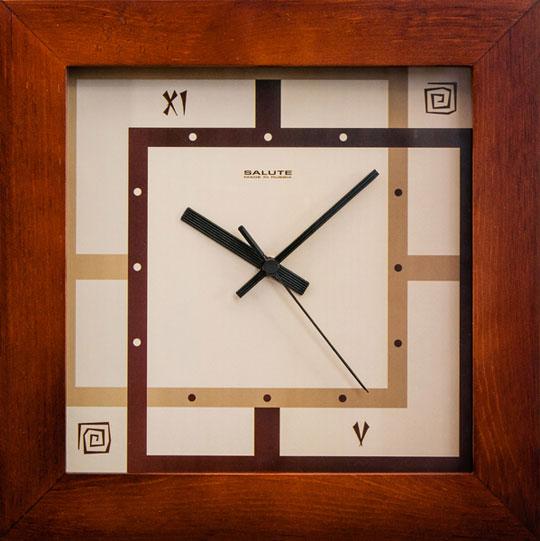 Настенные часы Салют DS-2AA28-077-JETNO