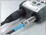 Zoom H4N имеет комбинированные  (XLR/ джек) разъемы с возможностью фантомного питания.