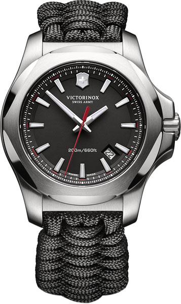 Мужские часы victorinox 241726.1